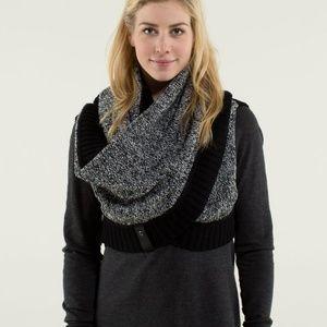 Lululemon Cozy Yogi Infinity Sweater Scarf